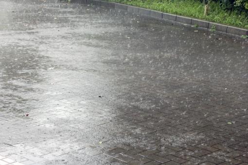 休むか・走るか・雨の日のラン